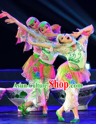 Chinese Traditional Hui Nationality Costume Folk Dance Ethnic Clothing for Women