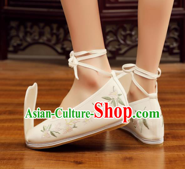 Chinese Ancient Traditional Embroidered Shoes Hanfu Beige Cloth Shoes for Women