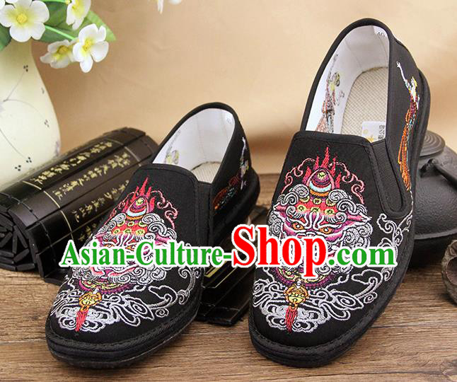 Chinese National Shoes Traditional Black Cloth Shoes Embroidery Kylin Shoes for Men