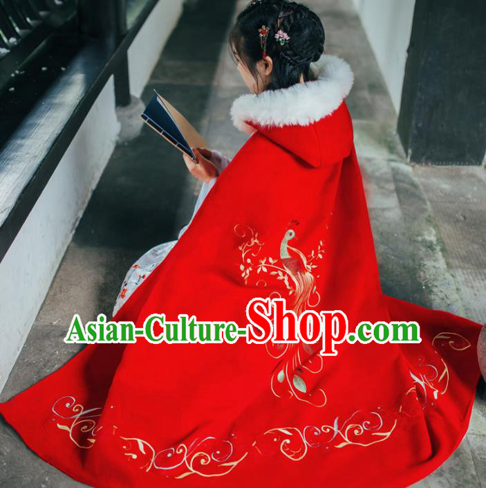 Chinese Traditional Costume Ancient Ming Dynasty Princess Embroidered Red Woolen Cloak for Women