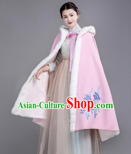 Chinese Traditional Costumes Ancient Hanfu Embroidered Pink Woolen Short Cloak for Women