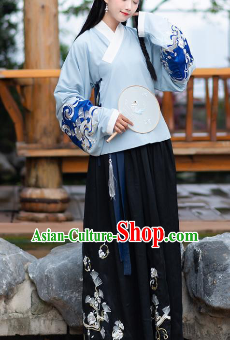 Traditional Chinese Ming Dynasty Embroidered Costumes Ancient Nobility Lady Hanfu Dress for Women
