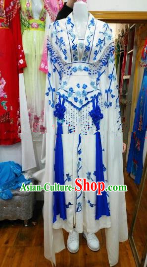 Chinese Traditional Beijing Opera Princess Silk Costumes Ancient Peri Embroidered White Dress for Women