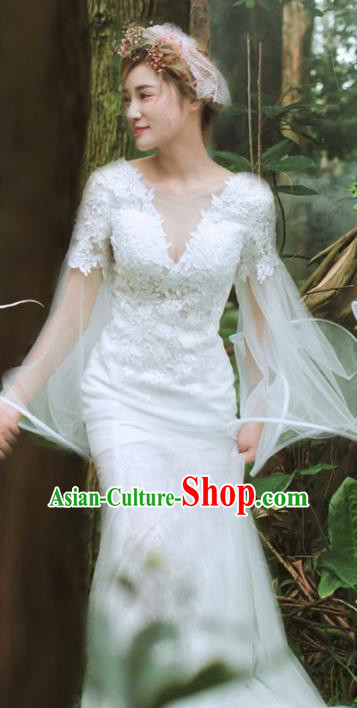 Top Performance Catwalks Costumes White Lace Wedding Dress Full Dress for Women