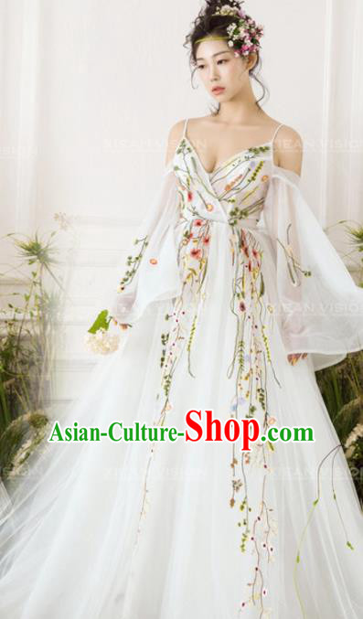 Top Performance Catwalks Costumes White Wedding Dress Flowers Fairy Full Dress for Women