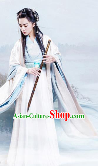 Chinese Ancient Traditional Han Dynasty Princess Swordswoman Embroidered Costumes for Women