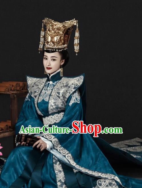 Chinese Traditional Ancient Southern and Northern Dynasties Empress Embroidered Costumes and Headpiece for Women
