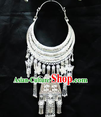 Chinese Traditional Miao Nationality Wedding Jewelry Accessories Hmong Sliver Tassel Necklace for Women