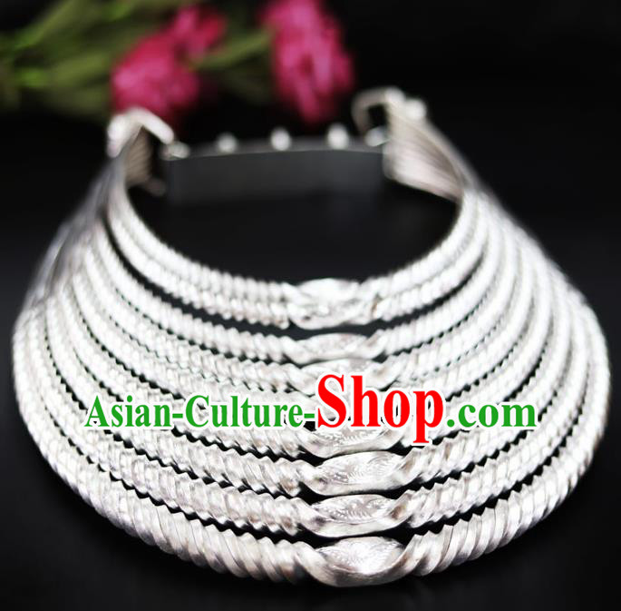 Chinese Traditional Miao Nationality Wedding Jewelry Accessories Hmong Sliver Necklace for Women