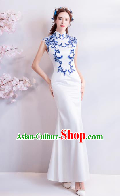 Chinese Traditional Chorus White Cheongsam Wedding Bride Compere Red Full Dress for Women