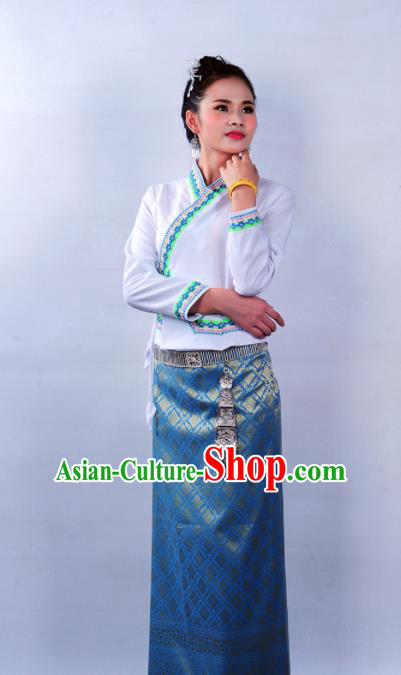Asian Chinese Ethnic Costumes Traditional Dai Nationality Folk Dance White Blouse and Blue Skirt for Women