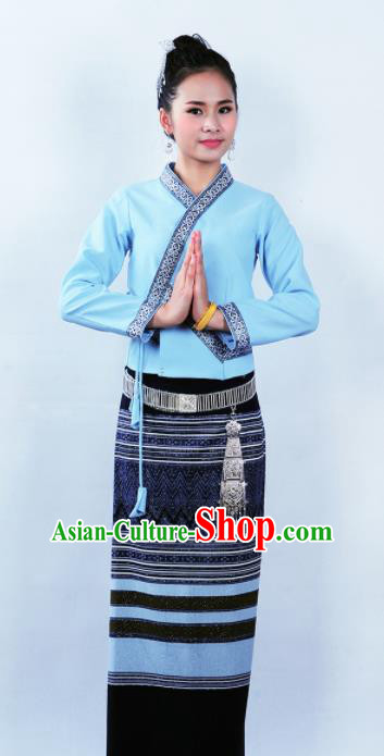 Asian Chinese Ethnic Costumes Traditional Dai Nationality Folk Dance Blue Blouse and Black Skirt for Women