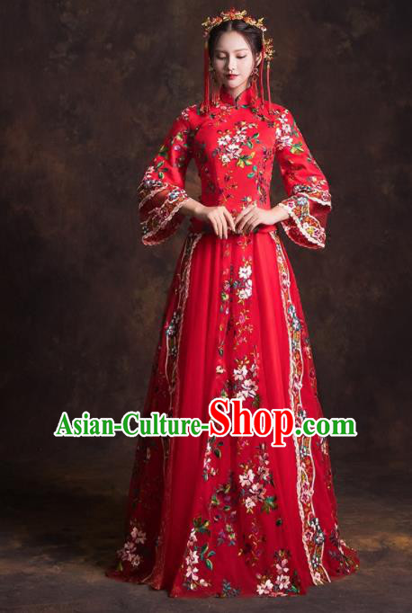 Chinese Traditional Red Xiuhe Suits Ancient Embroidered Wedding Dress for Women