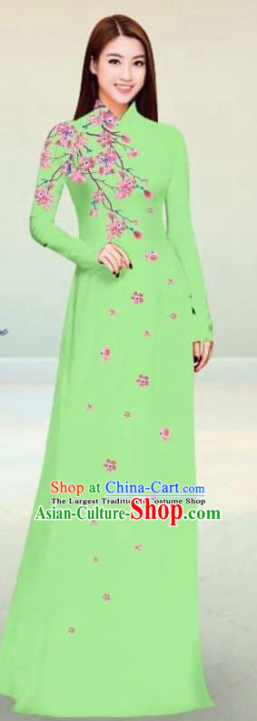 Asian Vietnam Traditional Light Green Cheongsam Vietnamese Classical Ao Dai Qipao Dress for Women