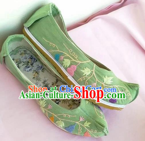 Chinese Traditional Hanfu Green Shoes Embroidered Shoes Handmade Cloth Shoes for Women