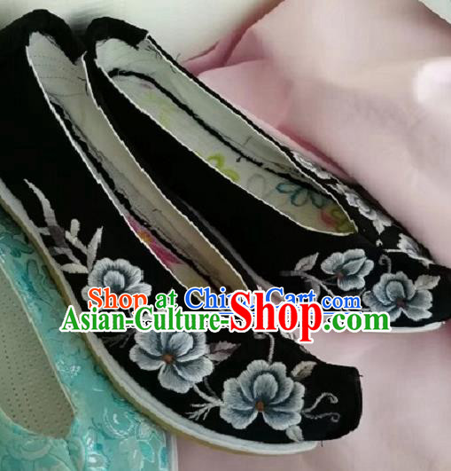 Chinese Traditional Hanfu Shoes Embroidered Shoes Handmade Black Shoes for Women