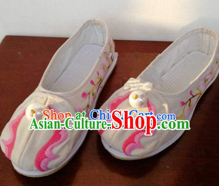 Chinese Traditional Hanfu Shoes Embroidered Shoes Handmade White Cloth Shoes for Women