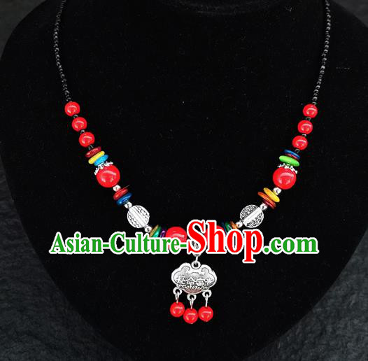 Chinese Traditional Jewelry Accessories Yunnan National Red Beads Longevity Lock Minority Necklace for Women