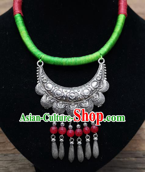 Chinese Traditional Jewelry Accessories Yunnan Minority Sliver Red Beads Necklace for Women