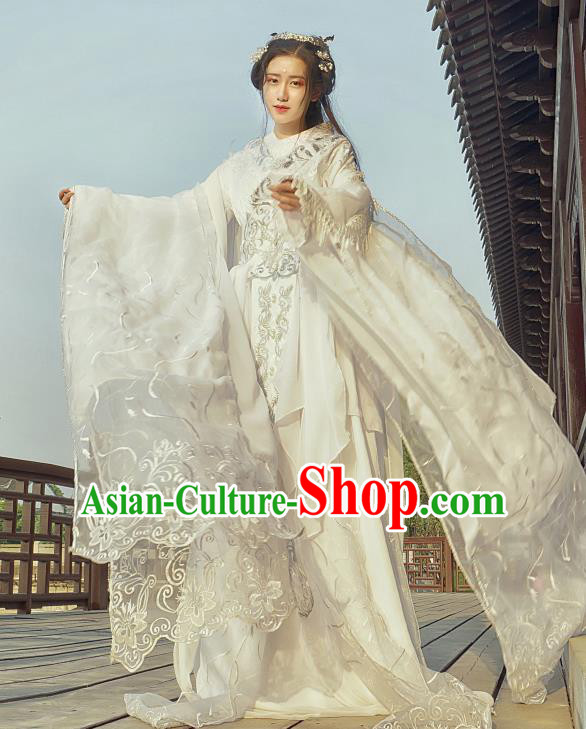 Chinese Traditional White Hanfu Dress Ancient Peri Princess Costumes for Women