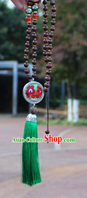 Chinese Traditional Sliver Jewelry Accessories Yunnan Miao Minority Embroidered Green Necklace for Women