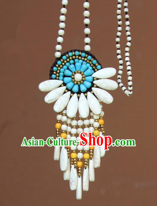 Chinese Traditional Jewelry Accessories Yunnan Minority White Turquoise Necklace for Women