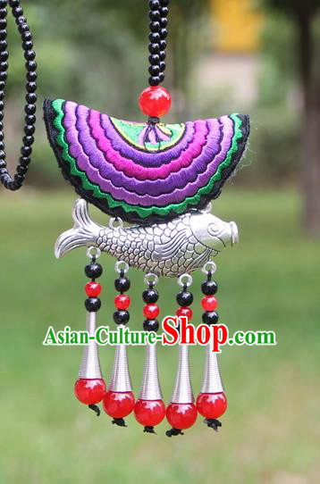 Chinese Traditional Accessories Yunnan Minority Purple Embroidered Sliver Fish Necklace for Women