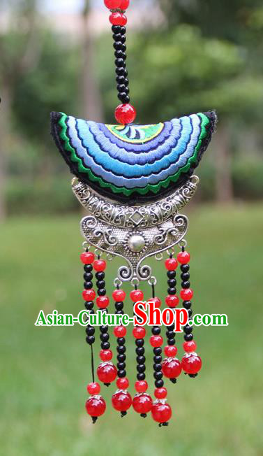 Chinese Traditional Accessories Yunnan Minority Embroidered Red Beads Tassel Necklace for Women