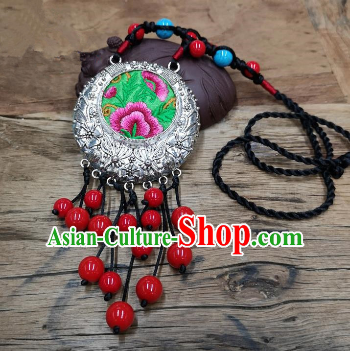 Chinese Traditional Jewelry Accessories Yunnan Minority Red Beads Tassel Embroidered Necklace for Women