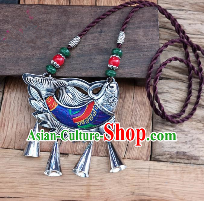 Chinese Traditional Jewelry Accessories Yunnan Minority Embroidered Royalblue Fish Necklace for Women