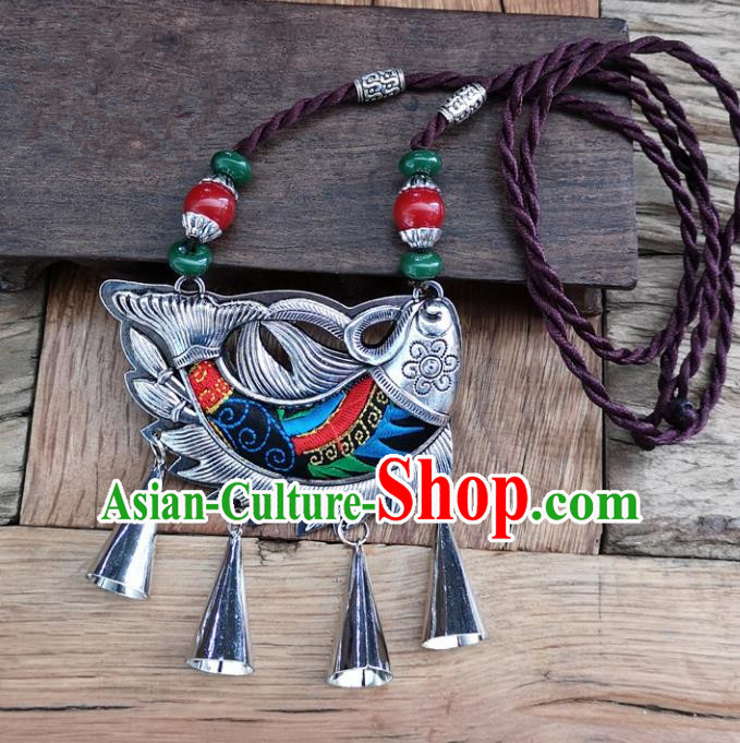 Chinese Traditional Jewelry Accessories Yunnan Minority Embroidered Black Fish Necklace for Women