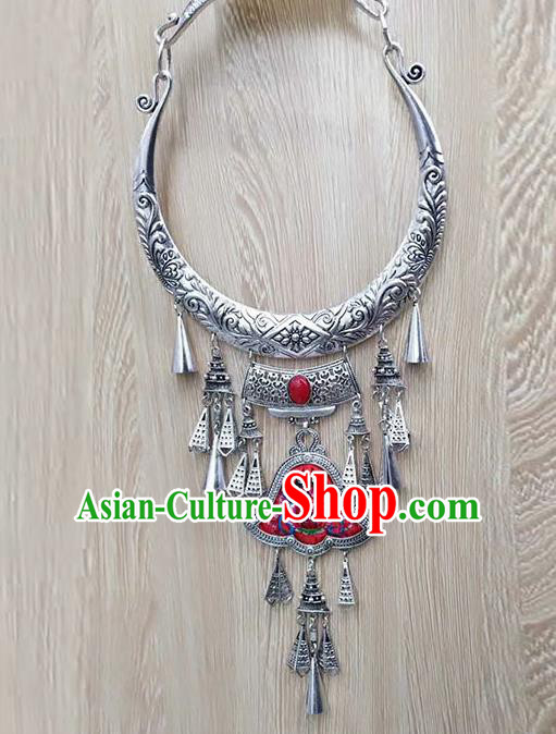 Chinese Traditional Minority Embroidered Red Carving Necklace Ethnic Folk Dance Accessories for Women