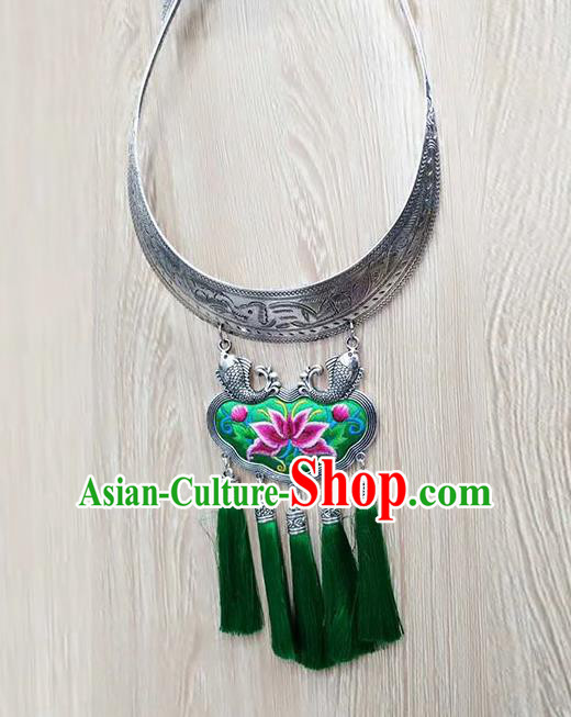 Chinese Traditional Miao Minority Green Embroidered Sliver Necklace Ethnic Folk Dance Accessories for Women