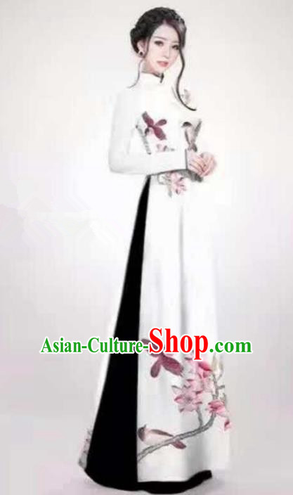 Asian Vietnam Palace Costume Vietnamese Trational Dress Painting Flowers White Ao Dai Cheongsam Clothing for Women