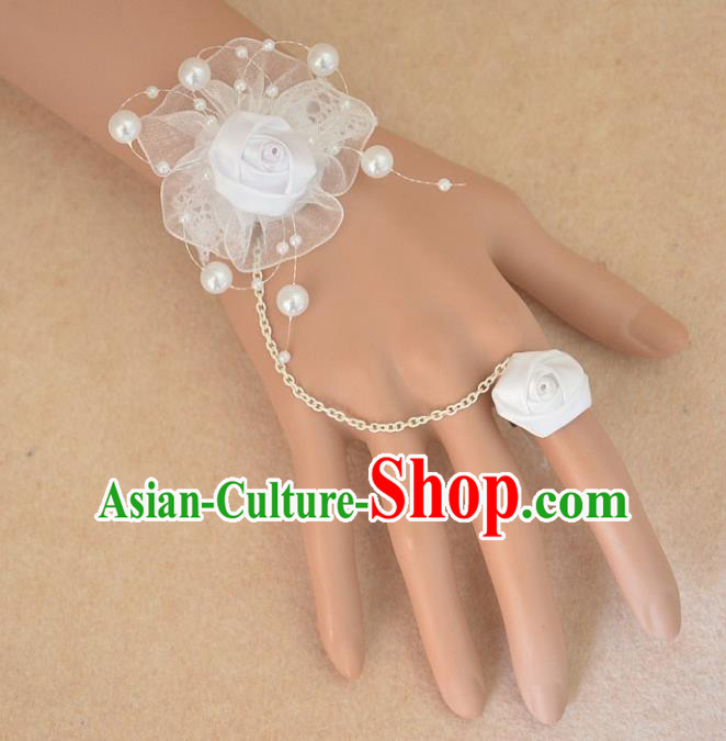 European Western Bride Vintage Jewelry Accessories Renaissance White Flower Bracelet with Ring for Women