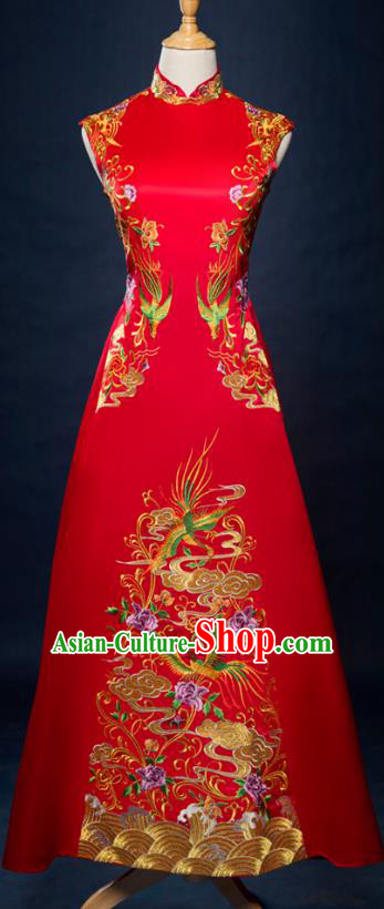 Traditional Chinese Wedding Costume Xiuhe Suit Ancient Bride Embroidered Toast Cheongsam for Women