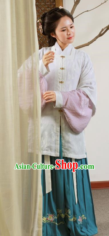 Traditional Chinese Ancient Ming Dynasty Palace Lady Dress Embroidered Clothing for Women