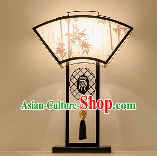 Traditional China Ancient Painting Bamboo Desk Lanterns Handmade Fan-Shape Lantern Ancient Lamp