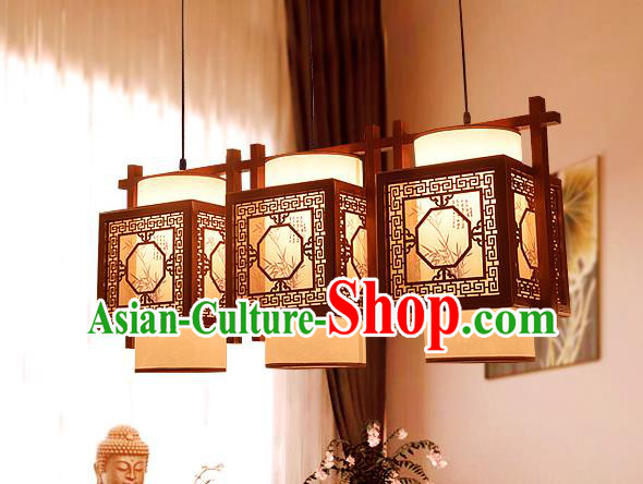 Traditional Asian Wood Carving Lanterns Handmade Three-Lights Ceiling Lantern Ancient Hanging Lamp