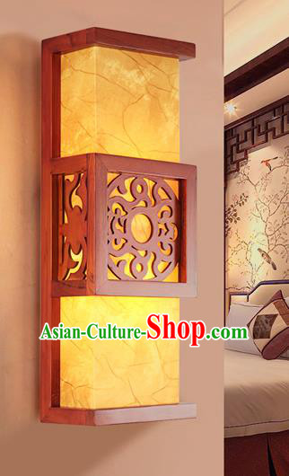 Traditional China Ancient Wood Carving Yellow Wall Lanterns Handmade Lantern Ancient Lamp