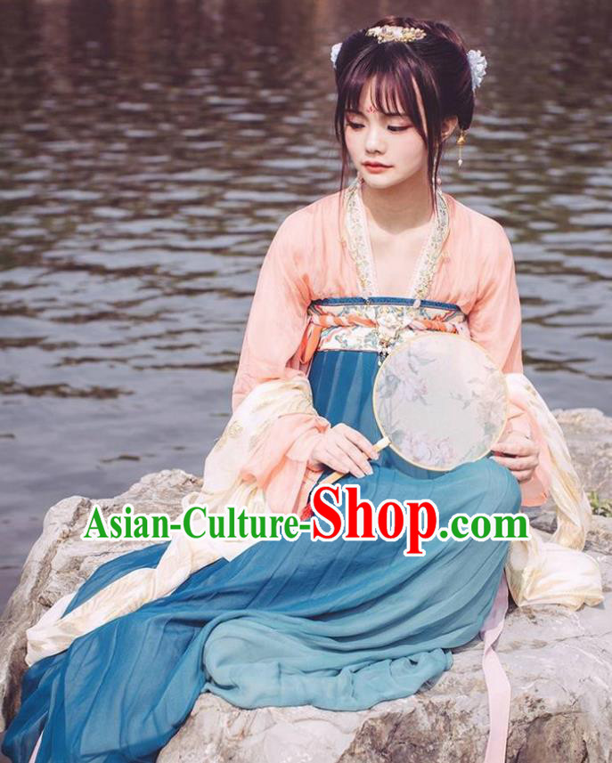 China Tang Dynasty Ancient Imperial Concubine Embroidered Costume for Women