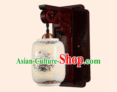 China Handmade Ceramics Lantern Ancient Wood Wall Lanterns Traditional Painted Lamp