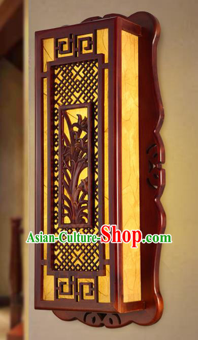 China Handmade Palace Lanterns Wall Lantern Ancient Wood Carving Orchid Lanterns Traditional Lamp