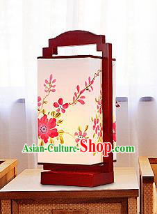 China Handmade Painting Flowers Desk Lanterns Palace Lantern Ancient Lanterns Traditional Lamp