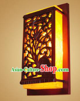 China Handmade Wood Wall Lanterns Carving Palace Lantern Ancient Lanterns Traditional Lamp