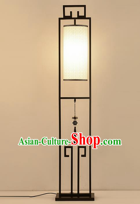 Traditional Asian Chinese Lanterns China Ancient Iron Floor Lamp Palace Lantern