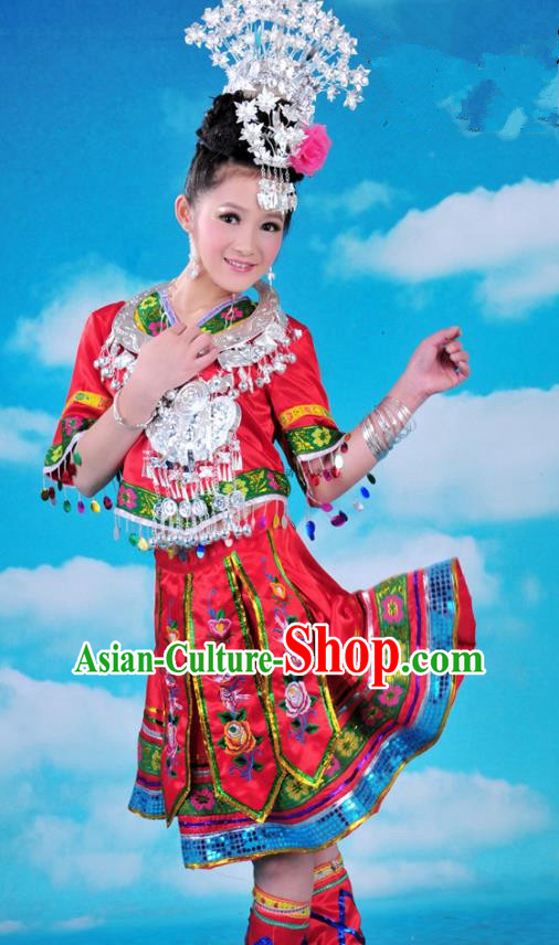 Traditional Chinese Miao Minority Nationality Embroidered Costume Red Pleated Skirt for Women