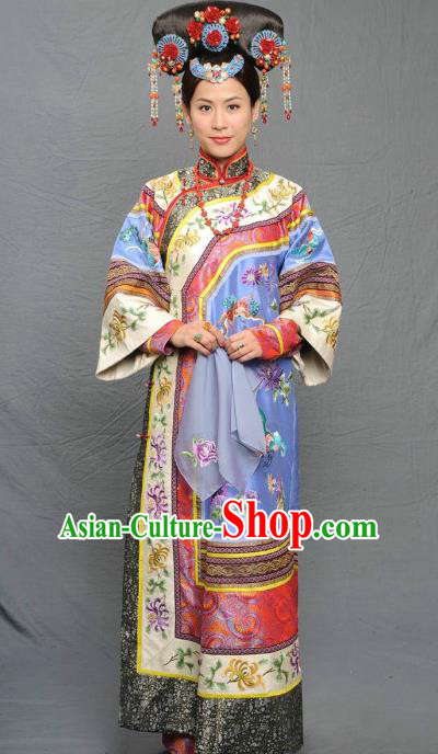 Chinese Qing Dynasty Manchu Imperial Empress of Kangxi Historical Costume Ancient Palace Lady Clothing for Women