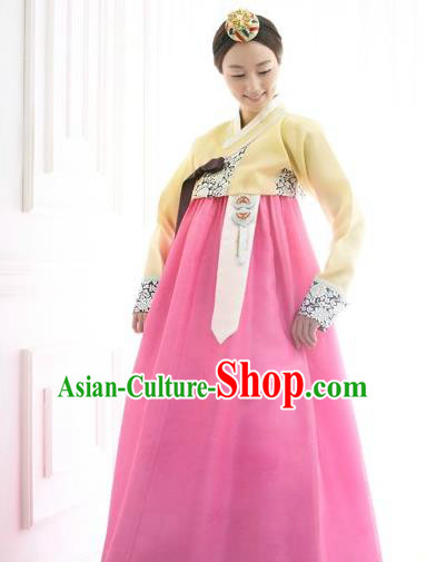 Korean Traditional Bride Hanbok Clothing Yellow Blouse and Pink Skirt Korean Fashion Apparel Costumes for Women
