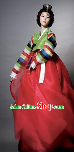 Korean Traditional Palace Clothing Empress Hanbok Green Blouse and Red Dress Korea Fashion Apparel for Women